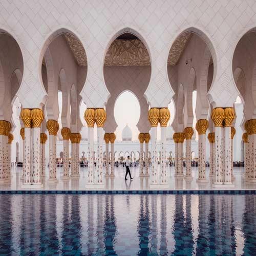 Abu-Dhabi-Mosque | Bucket List Group Travel