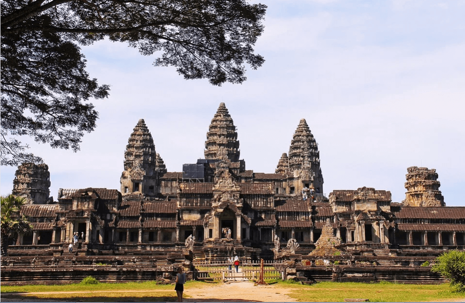 Angkor Wat to travel for solo traveler