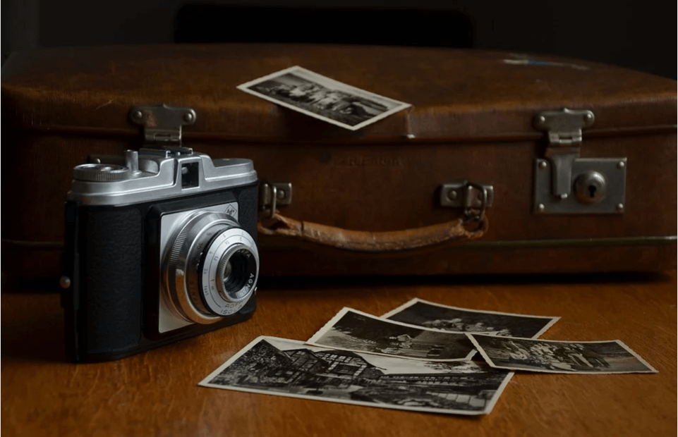Avoid carrying unnecessary photographic gears