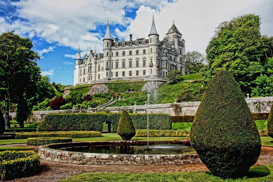 5 Reasons to Put Scotland on Your Bucket List